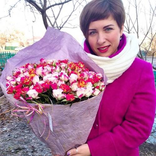 Букет из кустовых роз Весенний