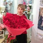 101 красная роза в фоамиране