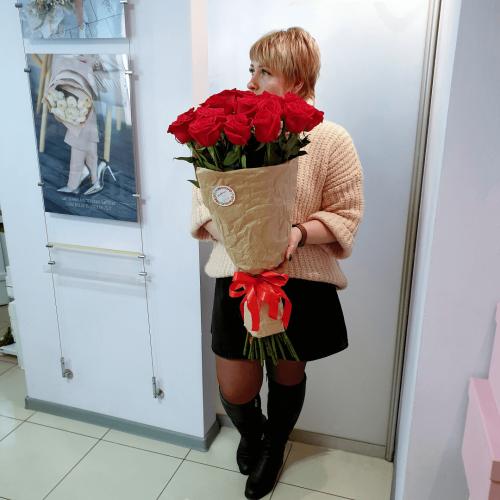 Букет из 19 роз Танго