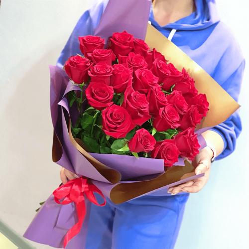 Букет из 25 красных роз La mia amata